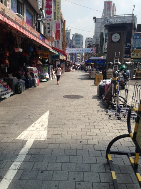Namdaemun market (not very crowded at the time